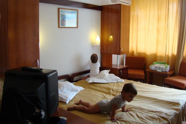interior camera hotel delta