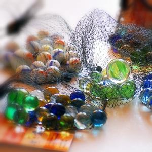 Jocuri cu bile de sticlă (II) – Labirinturi