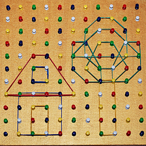Geoboard (DIY): studiul formelor geometrice plane
